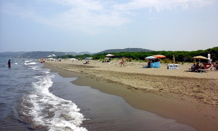 יעדים בטירנה: חוף ספיל