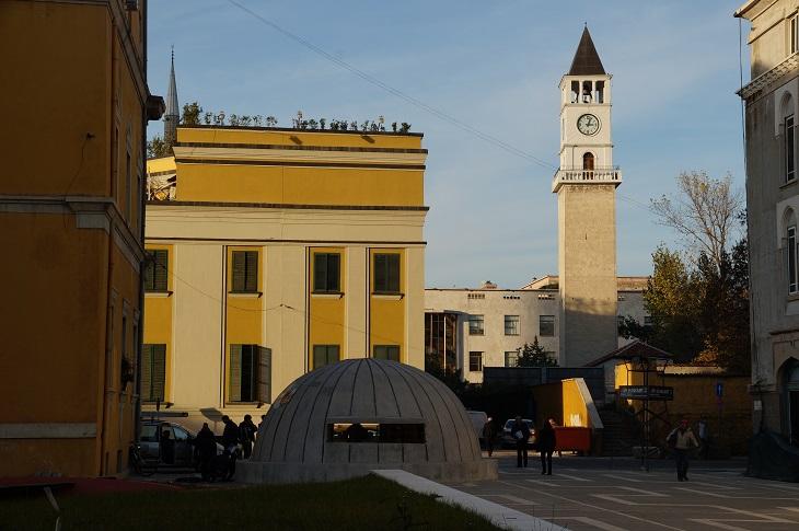 יעדים בטירנה: בונקארט