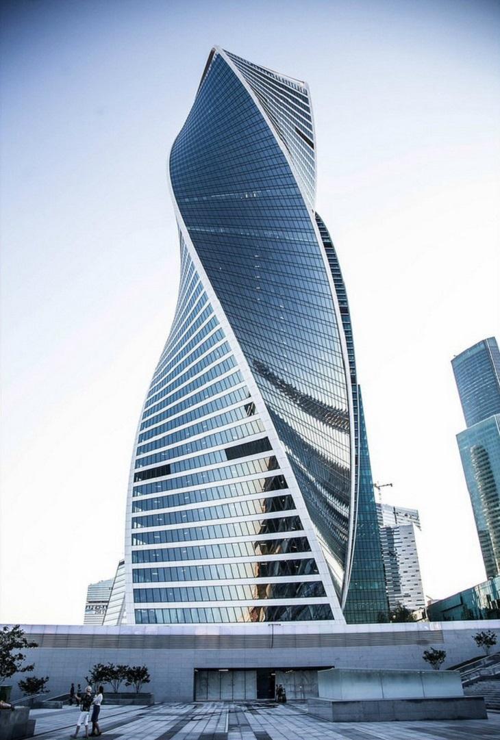 גורדי שחקים מרחבי העולם: מגדל האבולוציה (Evolution Tower) - מוסקבה, רוסיה