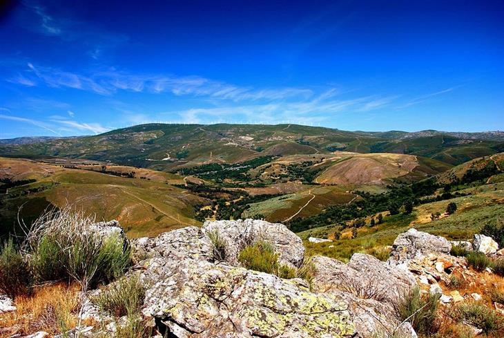 אתרי טבע ופארקים בפורטוגל: פארק מונטסינו