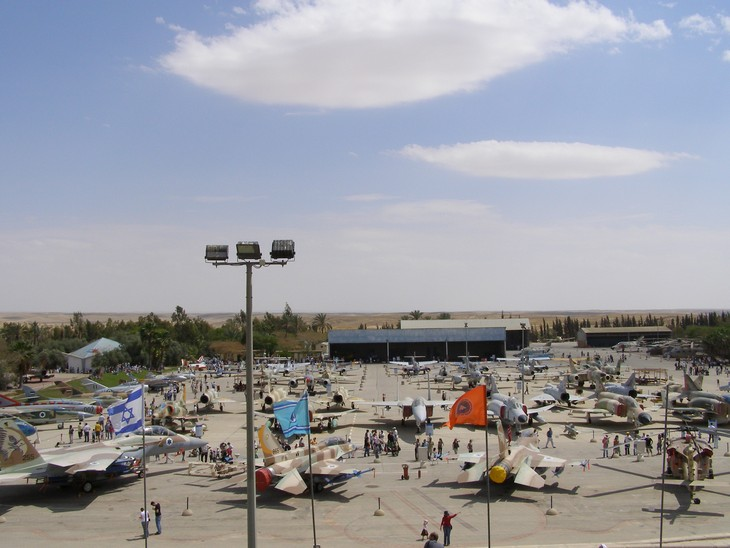 יעדים באזור באר שבע: מבט עילי על מוזיאון חיל האוויר