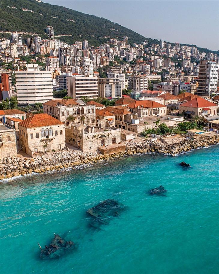 סדרת תמונות של לבנון: העיר העתיקה בג'וניה