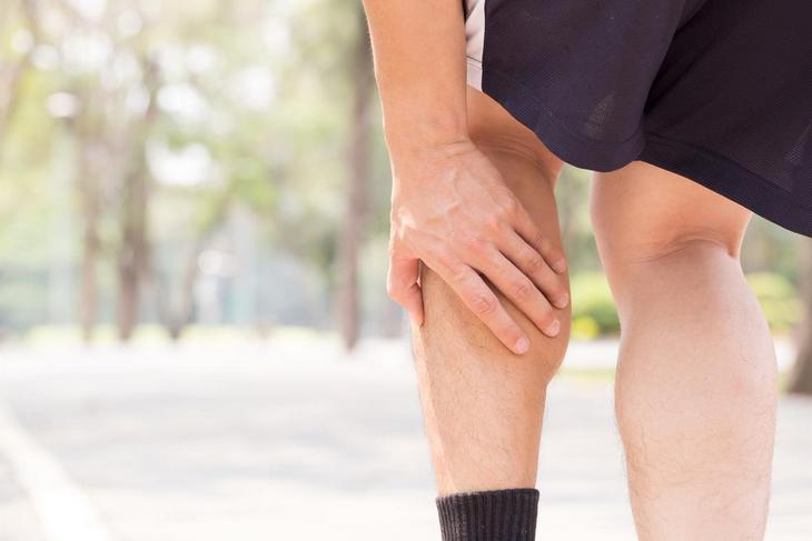 7 מקרים שמעידים על עורקים חסומים: כאבים בשרירי השוק