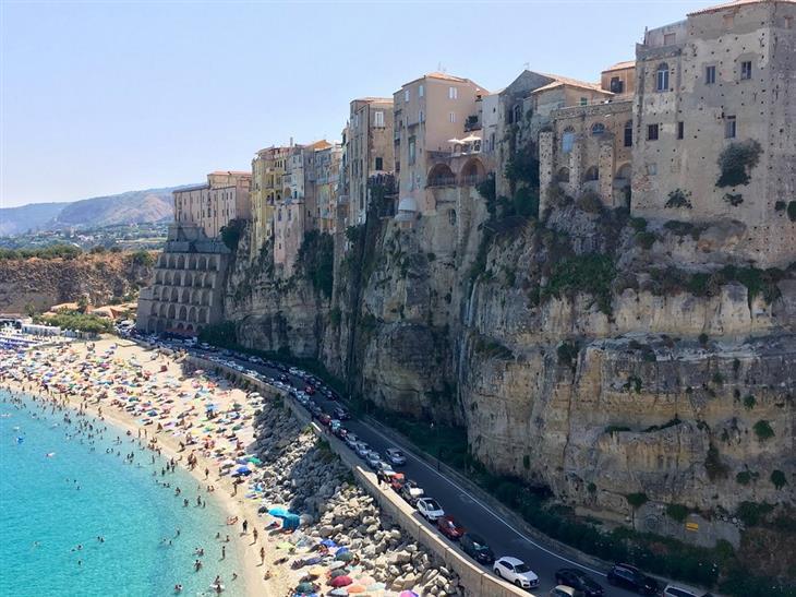 המחוזות המומלצים ביותר באיטליה: חוף בקלבריה
