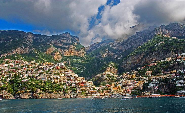 המחוזות המומלצים ביותר באיטליה: נוף בקמפניה
