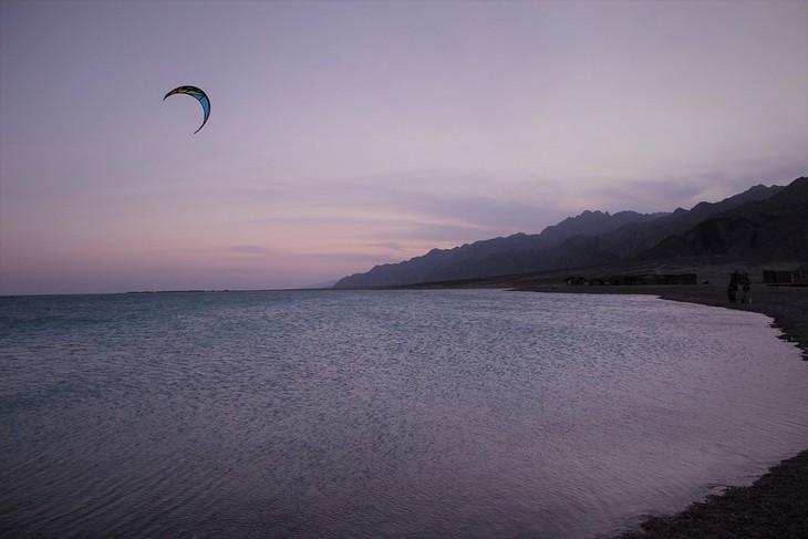 תמונות מסיני: גלשן רוח במפרץ