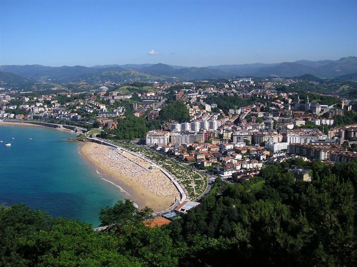 הקהילות האוטונומיות של ספרד: עיירת חוף בחבל הבסקים