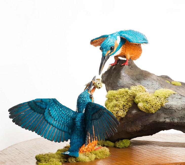 ציפורים בעבודת יד: ציפורים צבעוניות מנייר