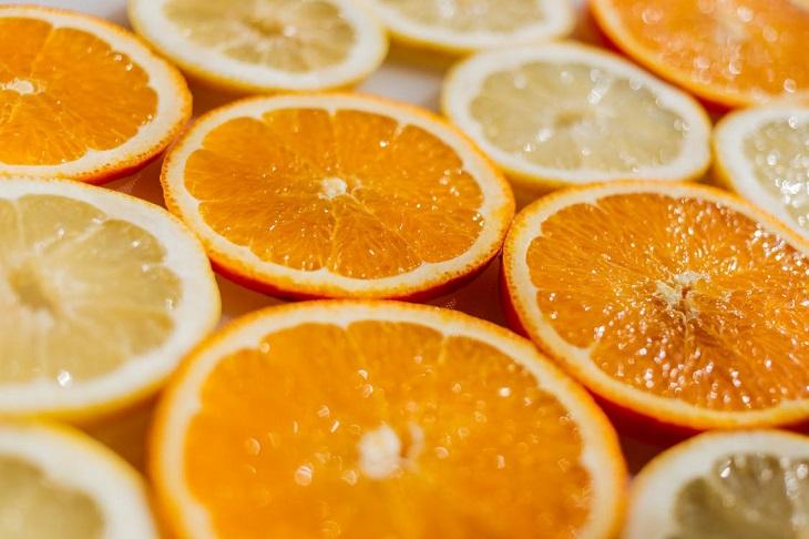 מאכלים לימי הווסת: טבעות של תפוזים ולימונים