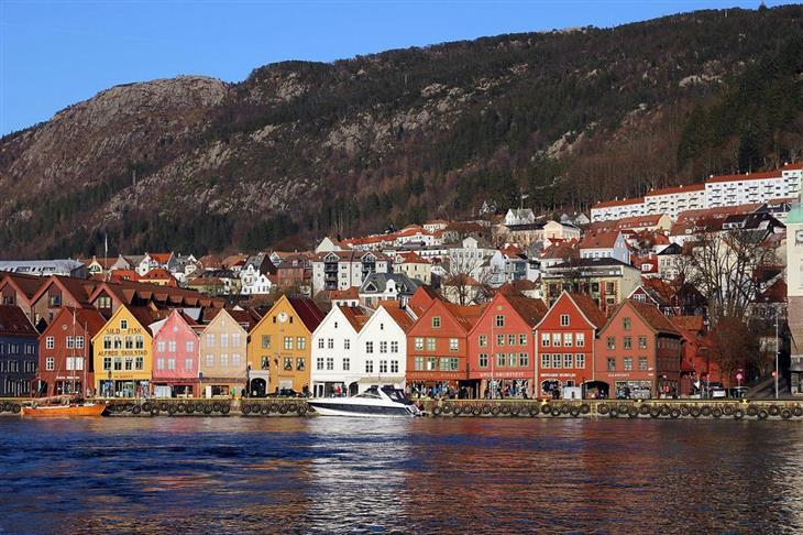 נורווגיה לפי אזורים: בתים על המים