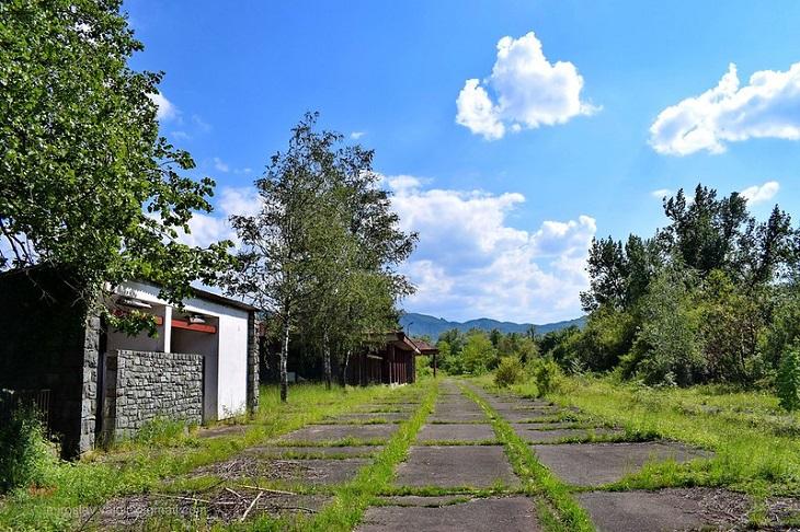 עיירות בקרואטיה: תחנת רכבת ישנה בקומרובץ'