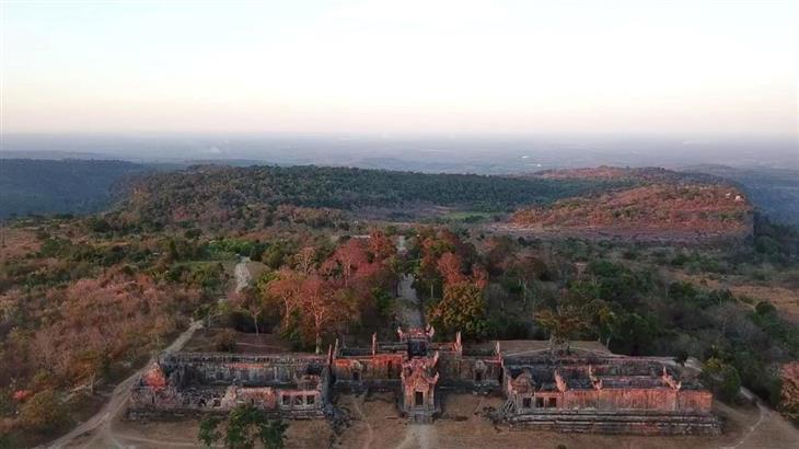 אתרים בקמבודיה: מקדש פראה ויהאר מלמעלה