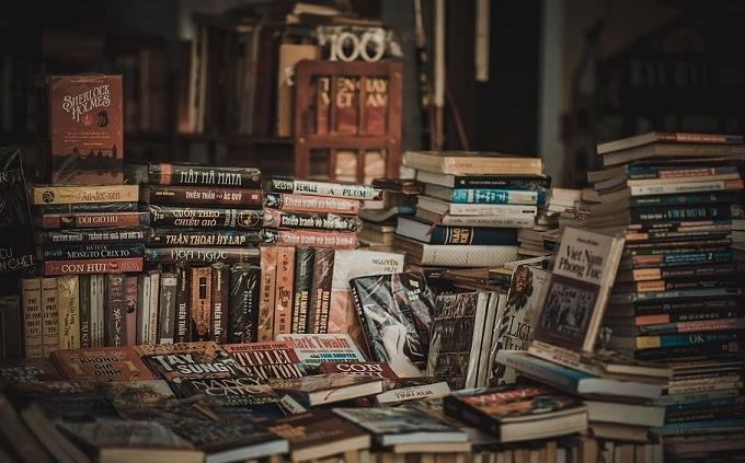טריווית אנגלית: חדר מלא בספרים