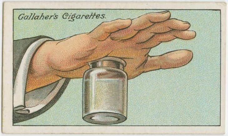 טיפים מלפני 100 שנה: איור של כף יד של גבר שצמוד אליה בקבוקון