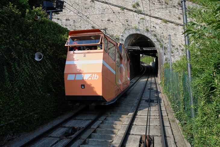 אטרקציות בברגמו: רכבת עילית לעיר העילית של ברגמו