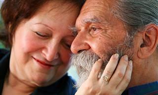 אוסף כתבות זוגיות: זוג זקנים מאושרים
