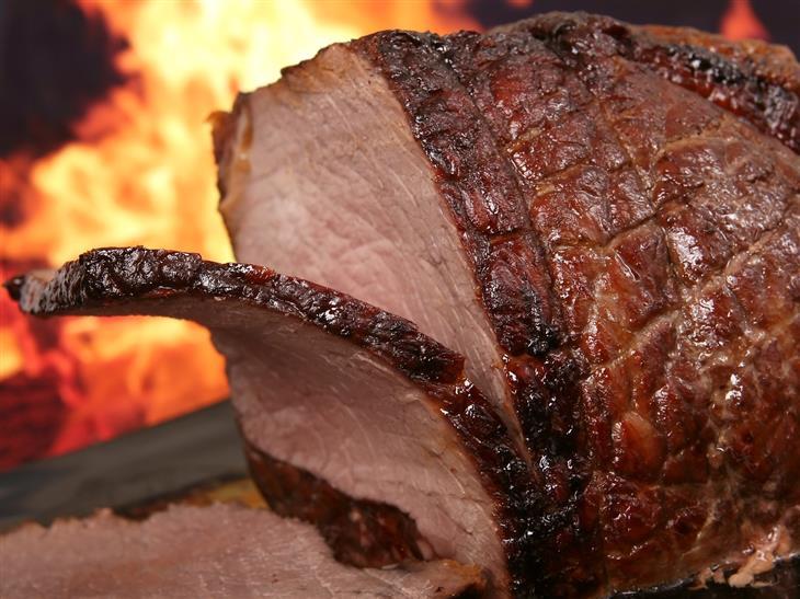 מאכלים לשמירה על בריאות כיס המרה: בשר אדום