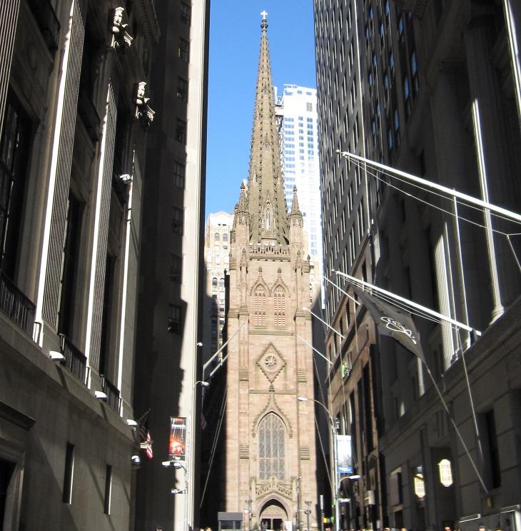 פלאי הארכיטקטורה של ניו יורק: כנסיית השילוש הקדוש