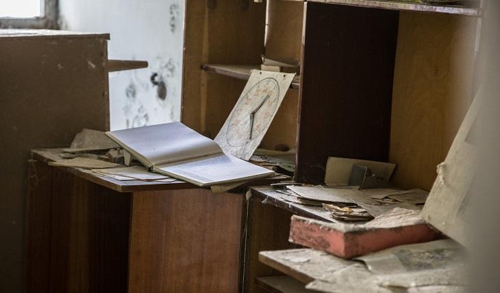 סימנים שצריך לעשות שינוי בחיים: חדר מבולגן