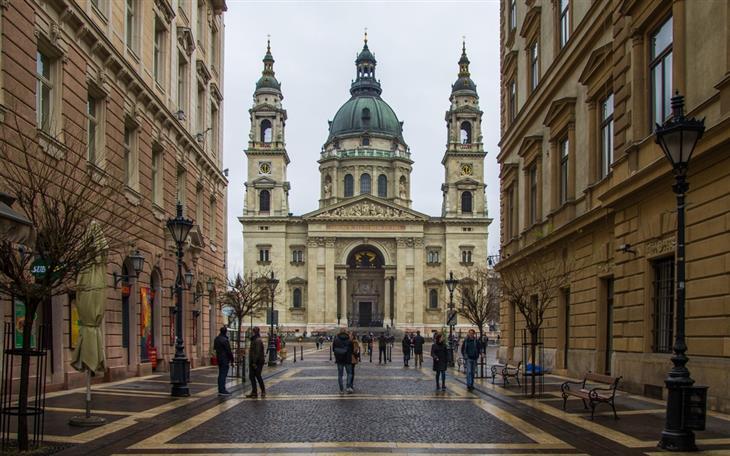 מסלול טיולים של שבוע בהונגריה: בזיליקת אישטוון הקדוש