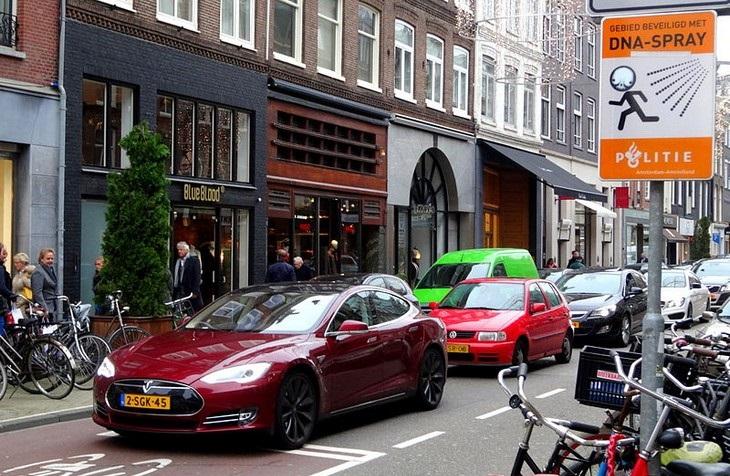 מרכזי קניות מומלצים באירופה: פי.סי הופטסטראט, אמסטרדם, הולנד