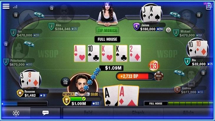 אפליקציות משחקי קלפים: צילום מסך של המשחק World Series of Poker