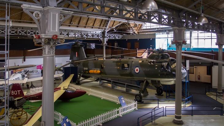 אתרים במנצ'סטר: מיצגי מסוק ומטוס במוזיאון המדע והתעשייה במנצ'סטר