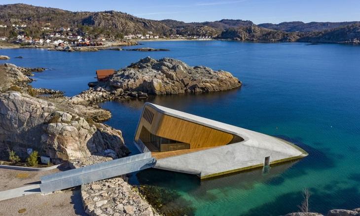 מסעדה תת-ימית: תמונה של כל האזור