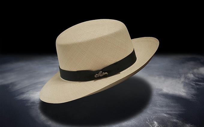 טריוויה: כובע רחב שוליים