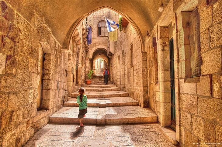 תמונות מדהימות של ירושלים: סמטאות הרובע היהודי