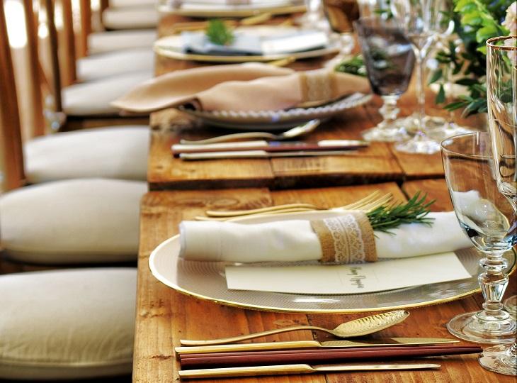 טיפים לאירוח בשבועות: שולחן חג