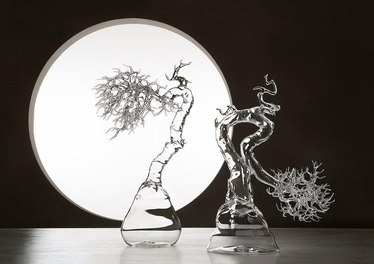 יצירות זכוכית של סימון קרסטני: פסל עץ מזכוכית