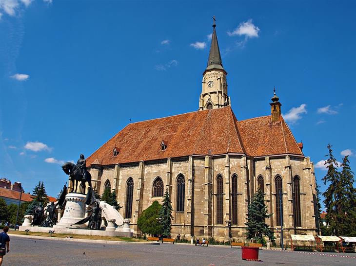 אתרים ואטרקציות בקלוז-נאפוקה: כנסיית מיכאל הקדוש