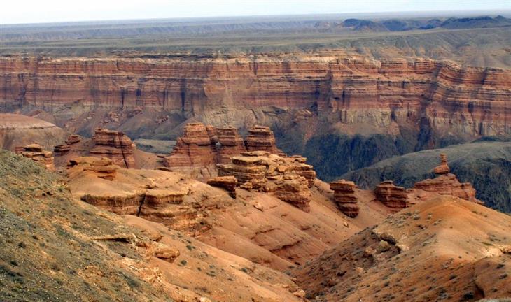 אתרים בקזחסטן: קניון צ'ארין