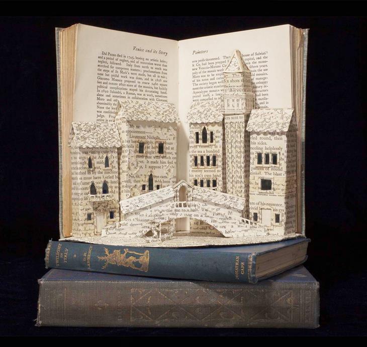 פסלים מנייר בתוך ספרים: גשר בוונציה