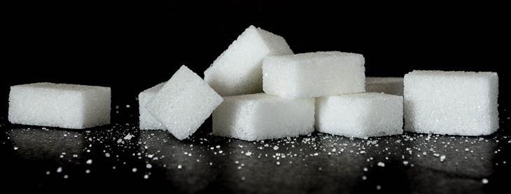 שאלות נפוצות שאנשים שואלים תזונאים: קוביות סוכר