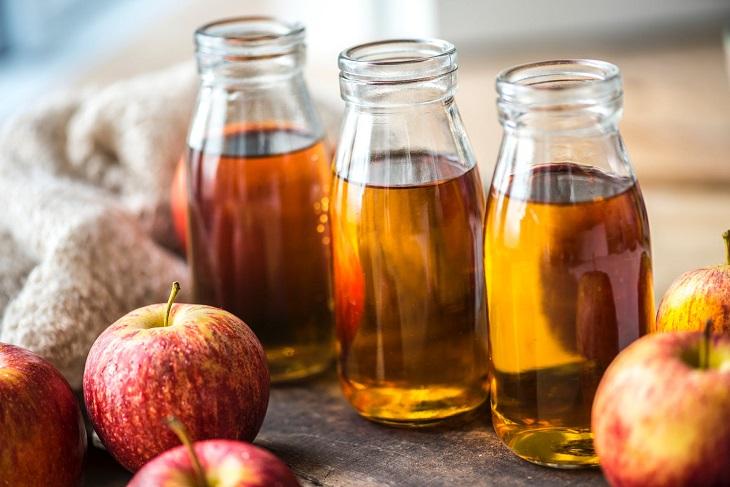 טיפוח ממרכיבים טבעיים: תפוחים ומשקה תפוחים