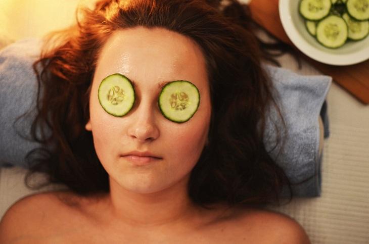 טיפוח ממרכיבים טבעיים: טיפול פנים עם מלפפון