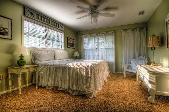 מבחן סוכן חשאי: חדר בבית מלון