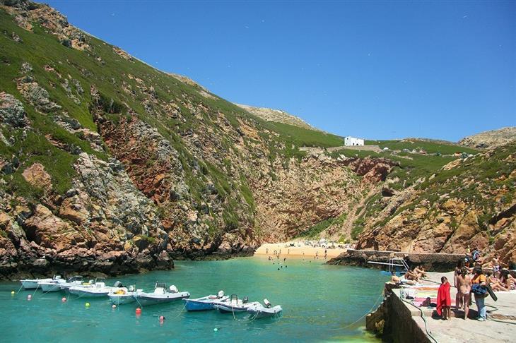 יעדים לא מוכרים בפורטוגל: האי ברלנגה