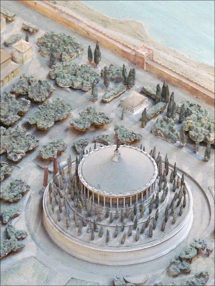 מודל של העיר רומא: המאוזוליאום של אוגוסטוס