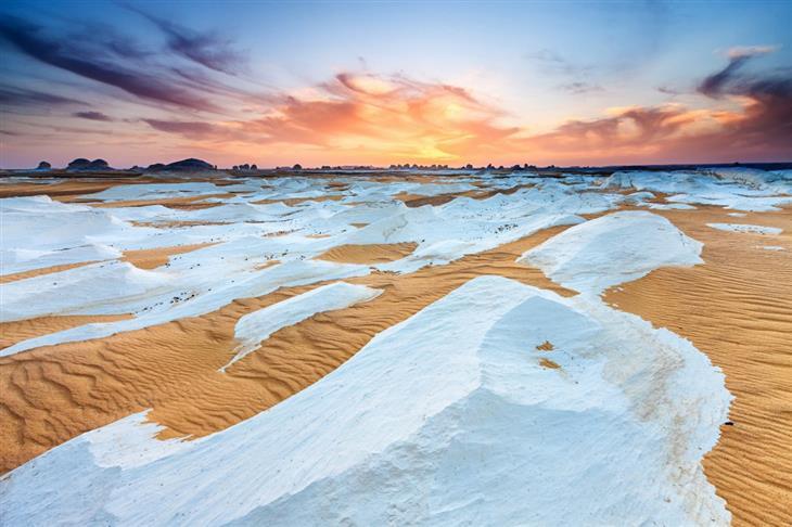 מקומות מדהימים בעולם: המדבר הלבן, סמוך לנווה המדבר פראפרה, מצרים
