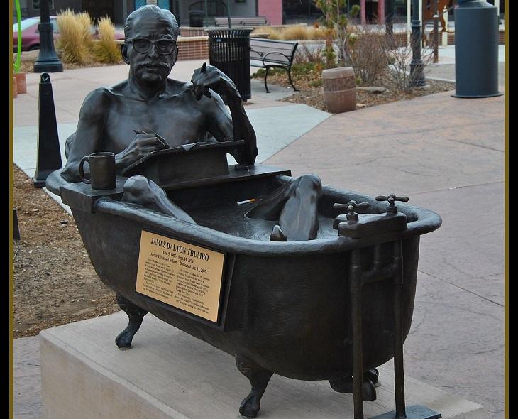 פסלים עם סיפורים: פסל דלטון טרמבו