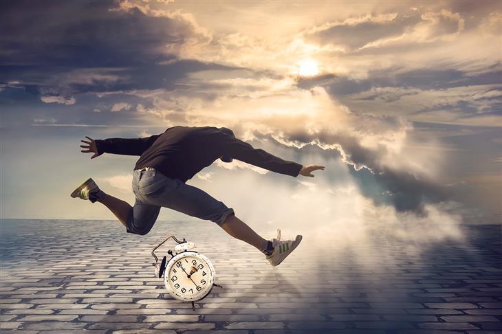 אפקט זייגרניק: איש קופץ מעל שעון