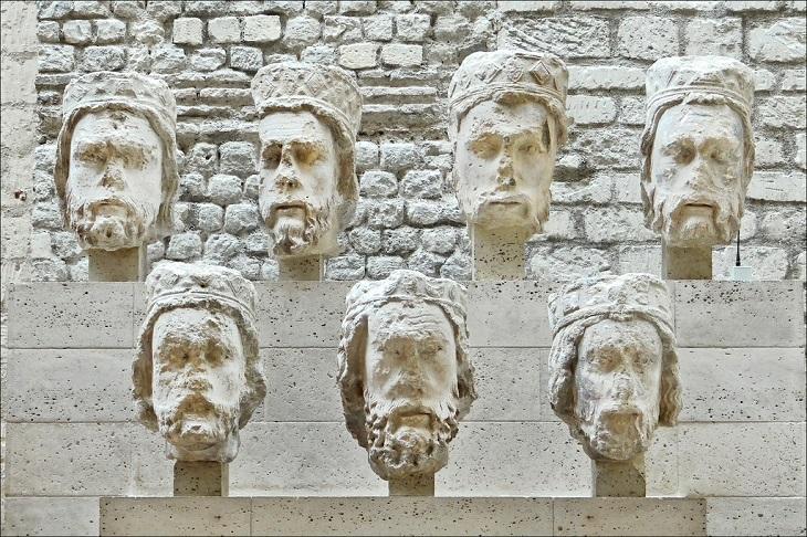 המוזיאונים המיוחדים בפריז: מוזיאון קלוני מבפנים