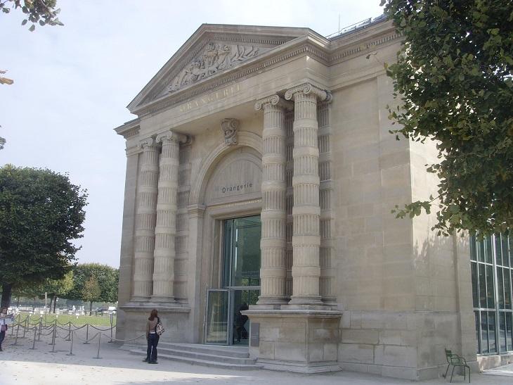 המוזיאונים המיוחדים בפריז: מוזיאון האורנז'רי מבחוץ