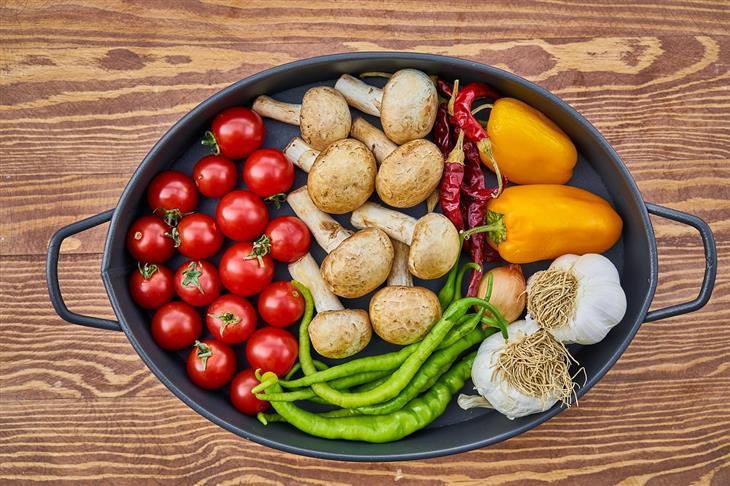 מה קורה אם לא אוכלים מספיק פירות: ירקות בסיר