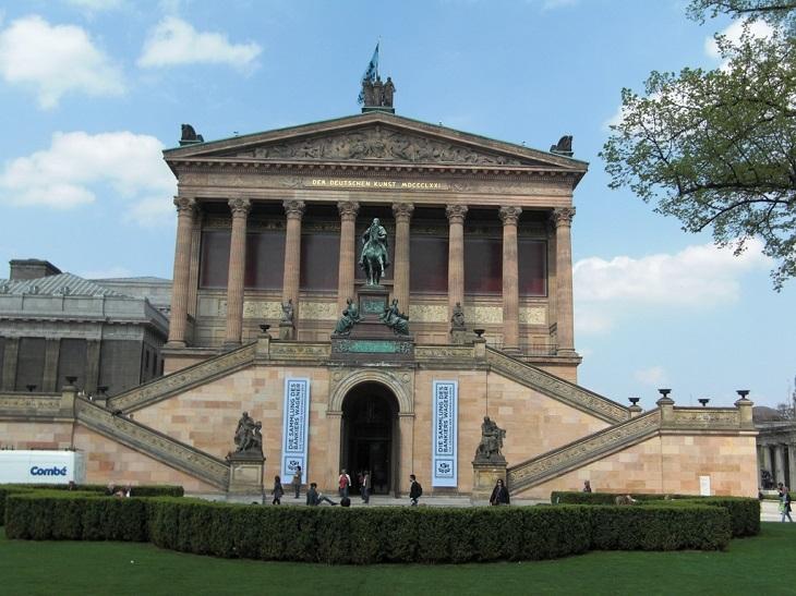 מוזיאונים בברלין: מבנה הגלריה הלאומית הישנה