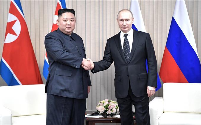 בחן את עצמך: ולדימיר פוטין וקים ג'ונג-און
