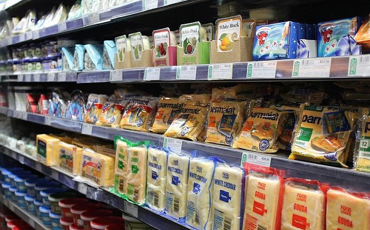 מוצרי חלב וסוכרת: מוצרי חלב וגבינות בחנות